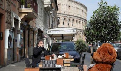 """267 وفاة و10585 إصابة جديدة بـ""""كورونا"""" في إيطاليا"""