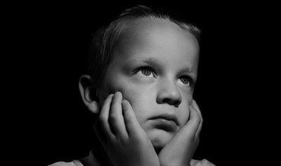"""كيف تحمي طفلك من """"الأمراض النفسية""""؟"""