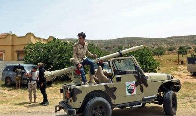 تركيا ترسل متشددين إلى ليبيا