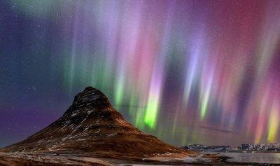 بالفيديو: الشفق القطبي مباشرة من منزلك
