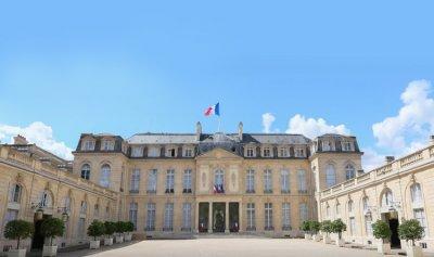 باريس: لتشكيل حكومة تحت رعاية أديب ولا نيترات أمونيوم لدينا