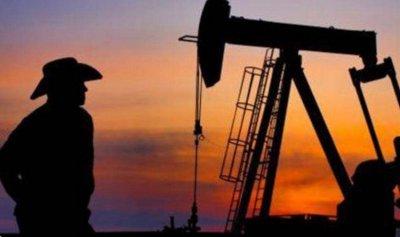 أسعار النفط تواصل الهبوط