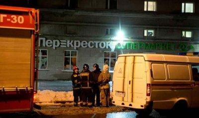 ضحايا جراء ألقاء قنبلة نحو رجال أمن روس