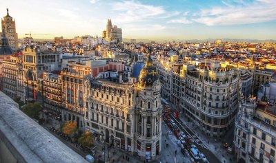21 وفاة وأكثر من 10 آلاف إصابة في إسبانيا