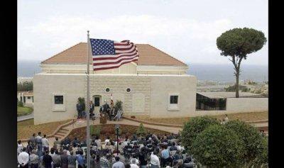 قائد القوة البحرية الأميركية زار مرافق للجيش اللبناني