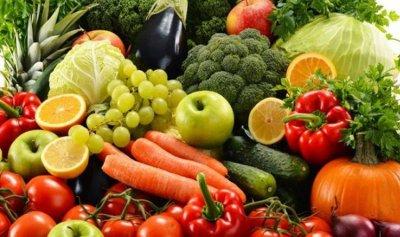 أطعمة غنية بالألياف تعزّز صحة الجهاز الهضمي