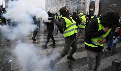 باريس للسترات الصفر: لا تتظاهروا… الشرطة منهكة