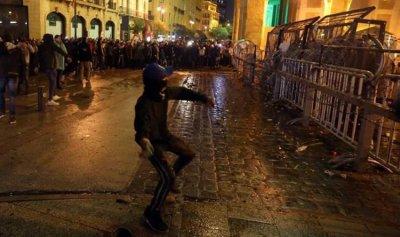 بالفيديو ـ بعد المواجهات… بلوكات إسمنتية في بيروت