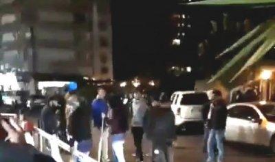 بالفيديو: تجمع امام دارة كرامي في طرابلس