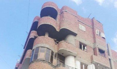 جريمة تهز مصر… أم تلقي طفلتيها من الشرفة