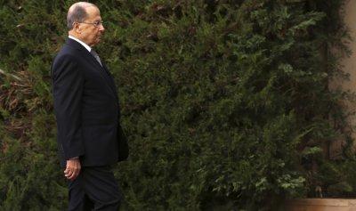 """عهد لبنان اليوم """"يهري"""" حكومات ويصرّف بلا عمّال"""