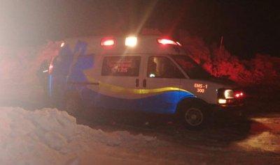 إنقاذ مواطنين احتجزا بين الثلوج في شبروح