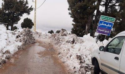 بالصورة: اعادة فتح طريق وطى مشمش البويدرات