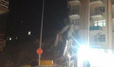 بالفيديو والصورة: انهيار عدد من المباني وجرحى جراء زلزال تركيا