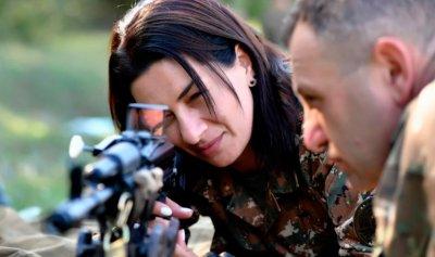 كتيبة نسائية أرمينية للقتال في قره باغ