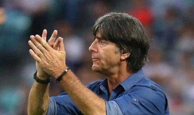 """استمرار لوف مدربا لمنتخب ألمانيا في """"يورو 2020"""""""