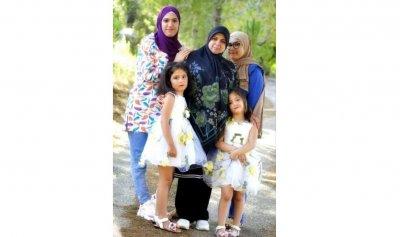 بالصور ـ فاجعة السعديات: وفاة أمّ وبناتها الأربع وضابط في حادث سير