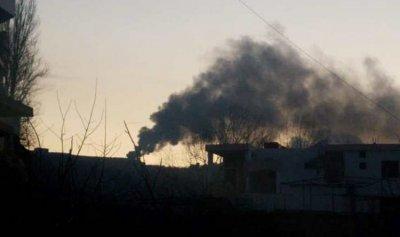 بالصورة: احراق إطارات ونفايات في خراج عاصون