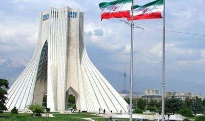طهران: واشنطن تخشى الديمقراطية في إيران