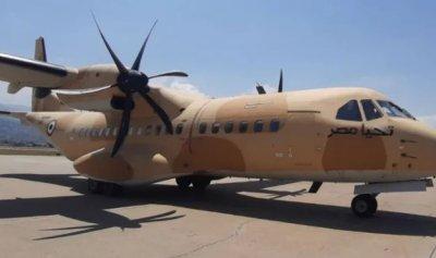وصول طائرة مصرية محملة بمساعدات طبية وغذائية للجيش