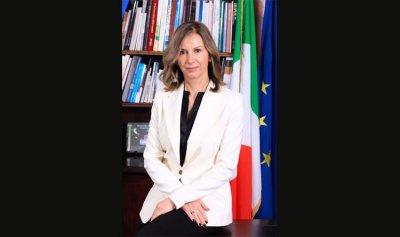 السفيرة الإيطالية: إيطاليا تقف إلى جانب اللبنانيين