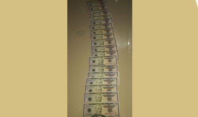 3 ضحايا 100 ألف دولار مزوّرة