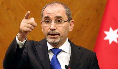 وصول وزير الخارجية الأردني إلى بيروت