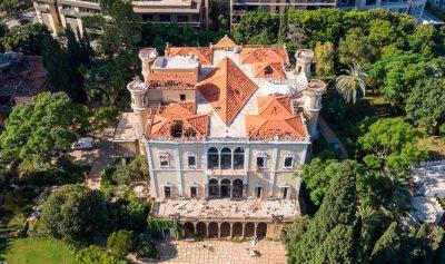 قصر سرسق صمد أمام حروب ودمره التفجير