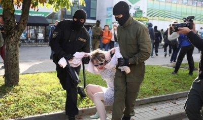 تظاهرات كبيرة للمعارضة في بيلاروسيا وعمليات الاعتقال تتوسّع
