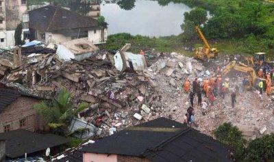 8 قتلى في انهيار مبنى بمدينة مومباي