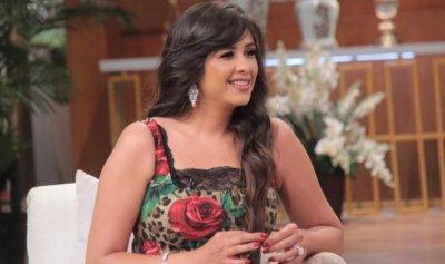 ياسمين عبد العزيز حامل؟