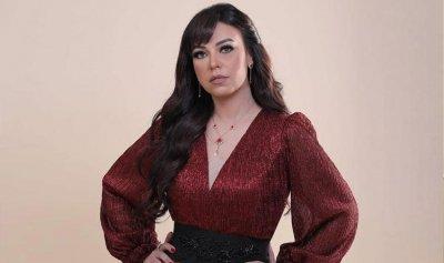 """مروة ناجي تحتفل بيوم المرأة العالمي بأغنية """"أنا دولة"""""""