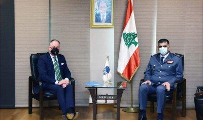 تعزيز التعاون والتنسيق بين اللواء عثمان ودل كول 