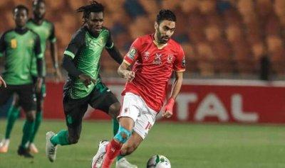 الأهلي المصري يفرط بفوز إفريقي