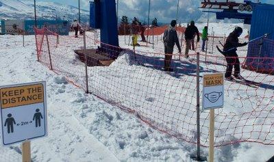 رئيس بلدية بشري اطلع على اجراءات الوقاية بمنحدرات التزلج في الارز