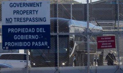 إدارة بايدن بصدد إنهاء الإحتجاز طويل الأمد لعائلات المهاجرين