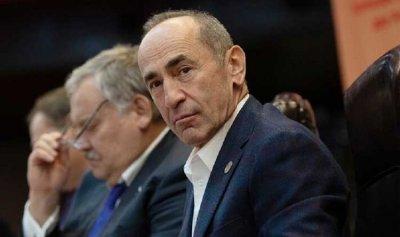 رئيس أرمينيا السابق يحشد أنصاره استعدادا للانتخابات المبكرة