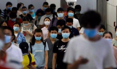 الصين تقترب من مليار جرعة لقاح