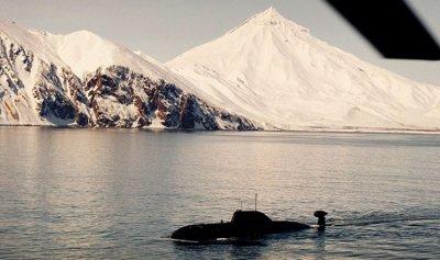 """كندا تعيد الغواصة """"الملعونة"""" للخدمة"""