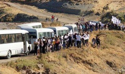 """بالصور: مسيرة لـ""""قوات"""" زحلة من صنين إلى صليب قاع الريم"""