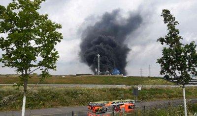 قتيل و16 جريحاً بانفجار مجمع كيماويات في ألمانيا