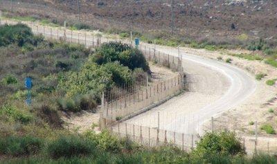 الجيش الاسرائيلي يجتاز السياج مقابل متنزهات الوزاني