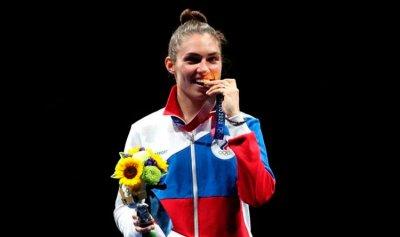 تحذير للفائزين من عض الميداليات في أولمبياد طوكيو