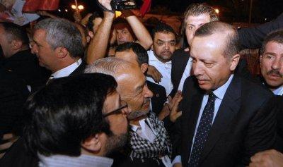 كيف تشكل أحداث تونس ضربة قوية لتركيا؟