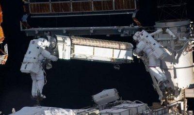 سبل جديدة من ناسا لتنظيف ملابس رواد الفضاء