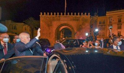 الخارجية التونسية: قرارات الرئيس تهدف لاستقرار الدولة