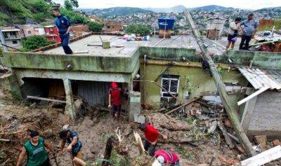 مقتل 30 شخصًا وفقدان 17 جراء عاصفة تضرب البرازيل