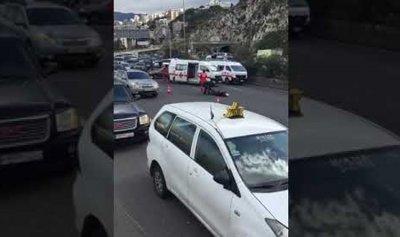 خاص – بالفيديو: جريح في حادثين على اوتوستراد نهر الكلب