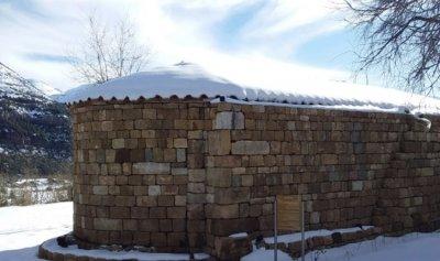 الثلج في يانوح يغطي رفات 21 بطريركاً