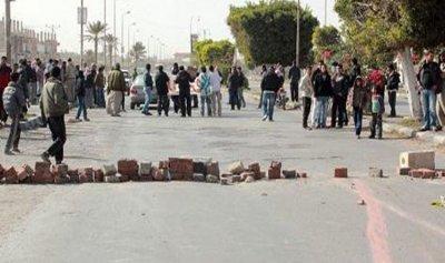 قطع طريق حوش الحريمة احتجاجاً